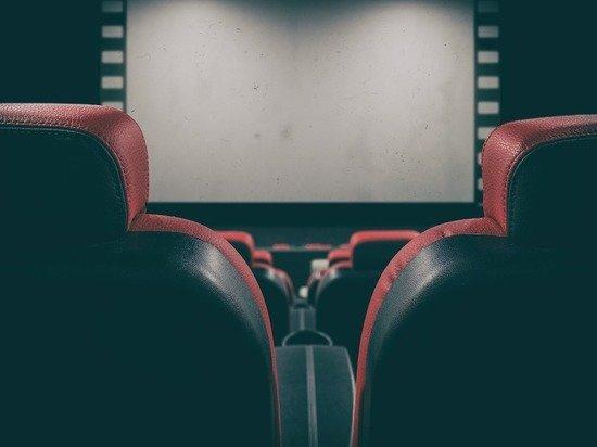 Для инвалидов по слуху и зрению посещение кинотеатров станет доступнее