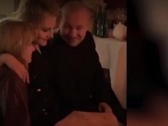 Рената Литвинова после ДТП была замечена в ресторане