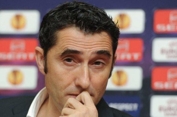 """СМИ назвали причины увольнения Вальверде из """"Барселоны"""""""