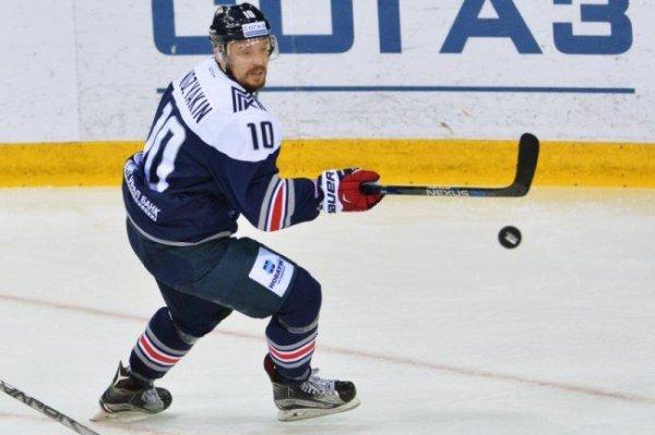 Мозякин стал первым игроком КХЛ, забросившим 400 шайб