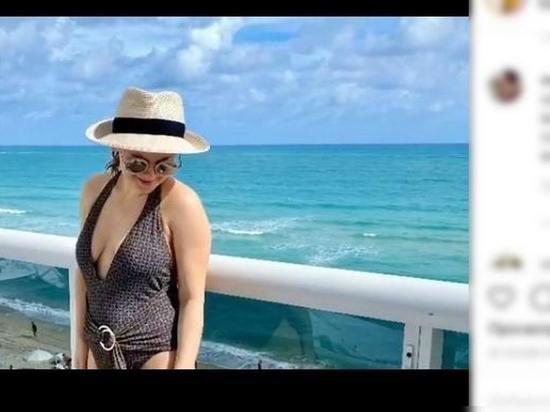 Пляжные фото молодой жены Игоря Николаева вызвали споры в Сети