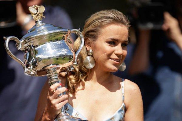 Американка с русскими корнями Кенин выиграла Australian Open