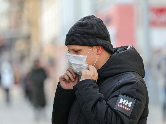 Коронавирус не напугал Приморье: маски носят только единицы