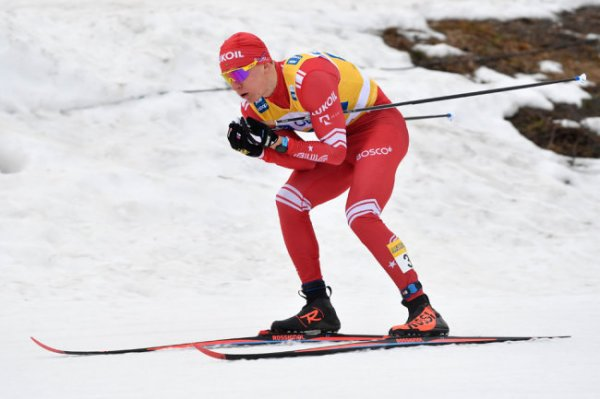 Российский лыжник Большунов претендует на победу в Кубке мира-2019/20