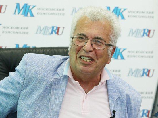 Заслуженный учитель России раскритиковал увольнение педагога за стихи Есенина