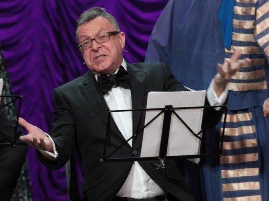 «Трачу за день»: Андрей Ургант раскрыл размер своей пенсии