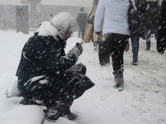 Названы три способа побороть бедность в России