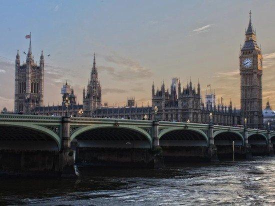 В Великобритании коронавирусу присвоен максимальный уровень угрозы