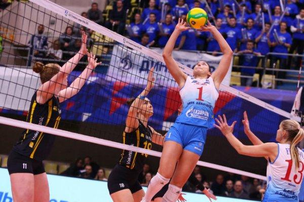 Российские волейболисты потерпели поражения в первых матчах плей-офф ЛЧ