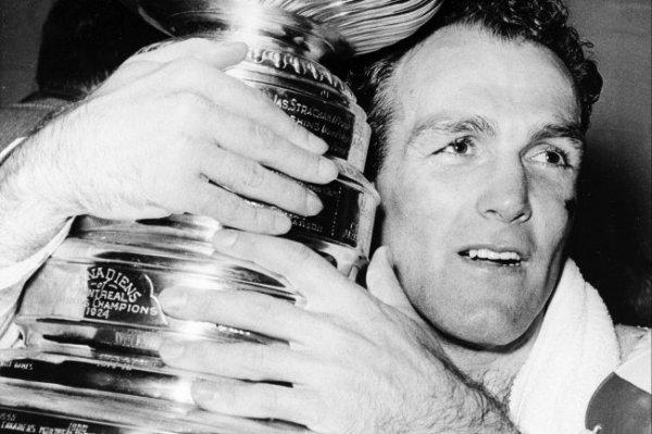 Умер рекордсмен по количеству побед в Кубке Стэнли