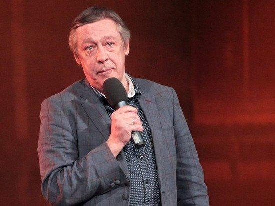 Жена Ефремова объяснила скандал в Пулково: талантливо играл пьяного