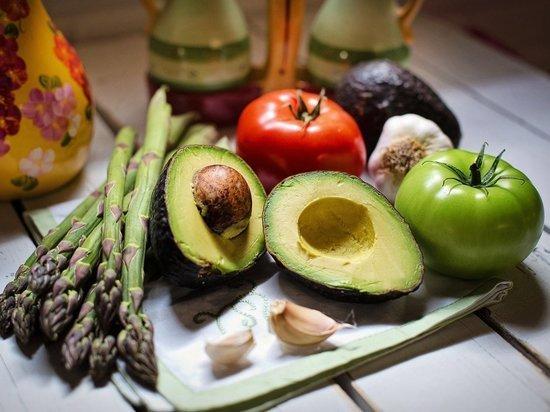 Врачи предупредили вегетарианцев в России об опасной болезни