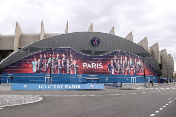 Чемпионаты Франции и Германии по футболу приостановлены из-за коронавируса