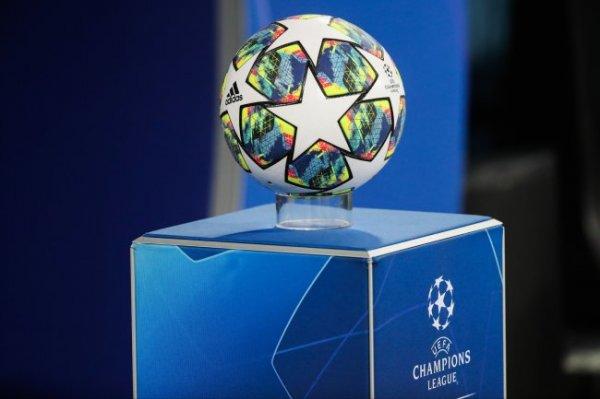 УЕФА перенес все матчи еврокубков на следующей неделе