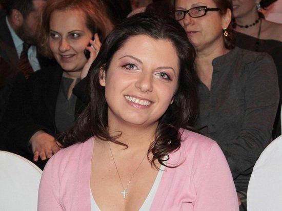 Симоньян заявила, что опять беременна