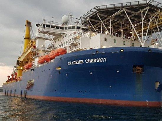 Способное достроить «Северный поток-2» российское судно сменило курс