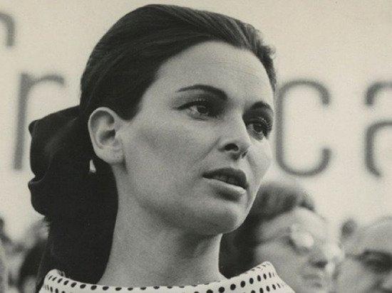 Итальянская актриса Лючия Бозе умерла из-за коронавируса