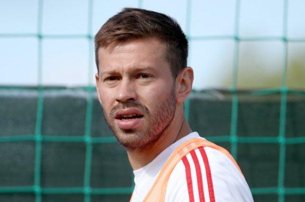 Смолов пожаловался, что его не отпустили в Москву