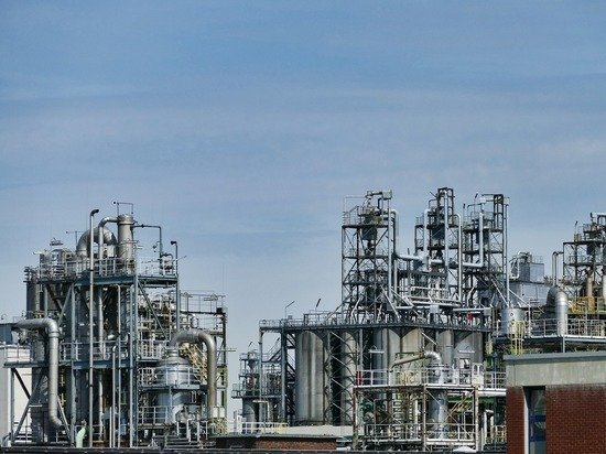 Китай купил у России рекордный объем нефти, саудиты проигрывают