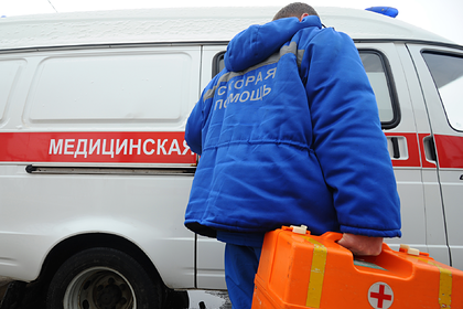 Московские первоклассники получили ожог глаз от дезинфицирующей лампы в классе