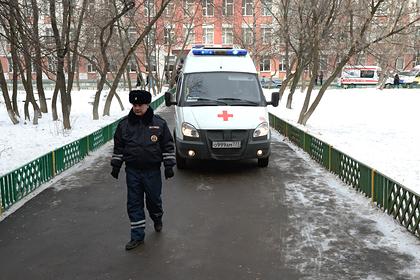 Россиянка вышла из окна в поисках алкоголя и погибла