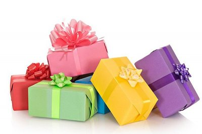 Оригинальные подарки и сувениры порадуют каждого из нас