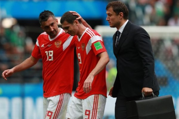 Врач сборной России по футболу рассказал, как не растерять форму