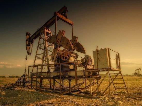 Экономисты назвали причину отрицательных цен на нефть