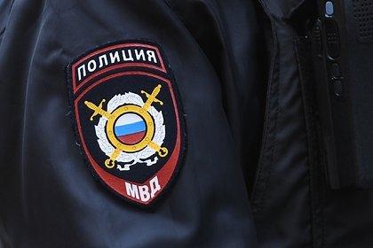 Россияне избили приехавшего взять анализ на коронавирус медика и попали на видео