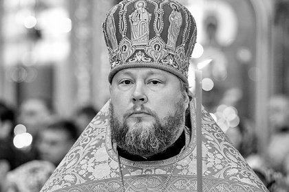 Умер заразившийся коронавирусом настоятель Елоховского собора в Москве