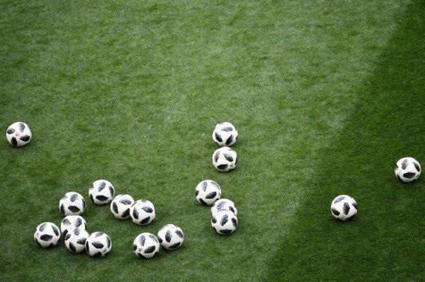 Два клуба Серии