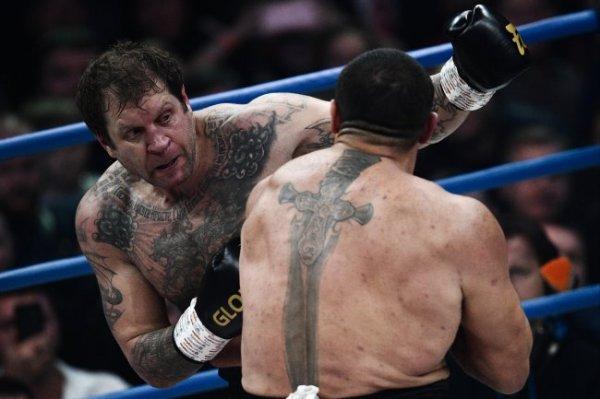 Александр Емельяненко хочет боксировать с Тайсоном