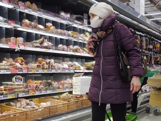Трети россиян не хватает денег на еду