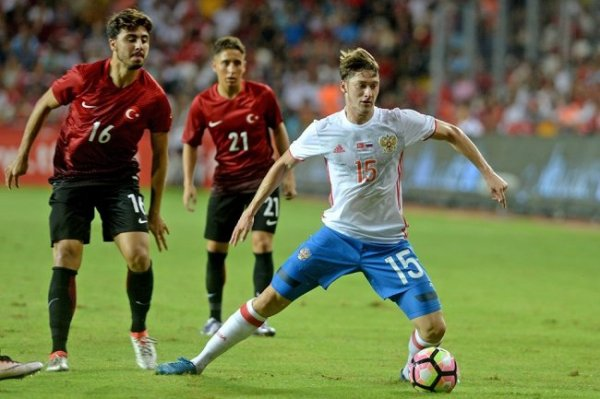 """Руководство """"Барселоны"""" одобрило трансфер Алексея Миранчука"""