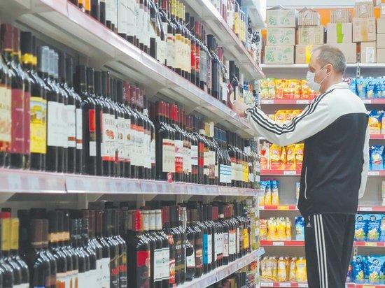 Неработающие россияне перешли на алкогольную семидневку