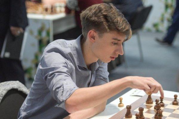 Дубов победил Карякина на онлайн-турнире по быстрым шахматам
