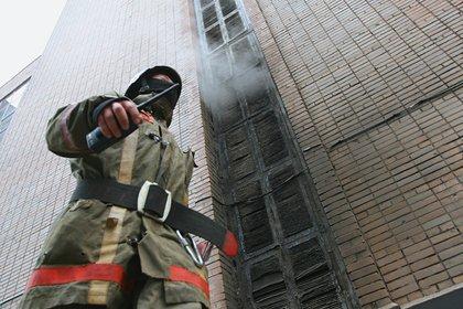 Число погибших в пожаре пациентов российской больницы выросло