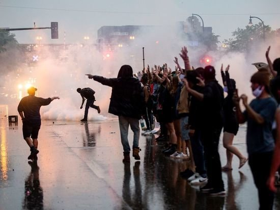 Около 300 человек арестованы в Нью-Йорке в ходе протестов