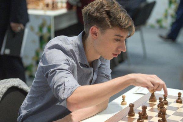 Дубов выиграл онлайн-турнир по рапиду