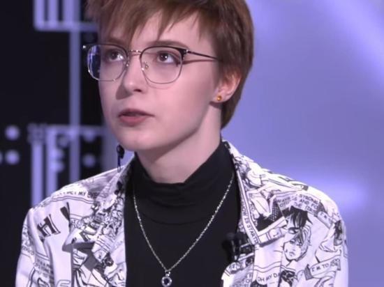 Дочь Ефремова обматерила Малахова, связавшего пьянство актера с ее ориентацией