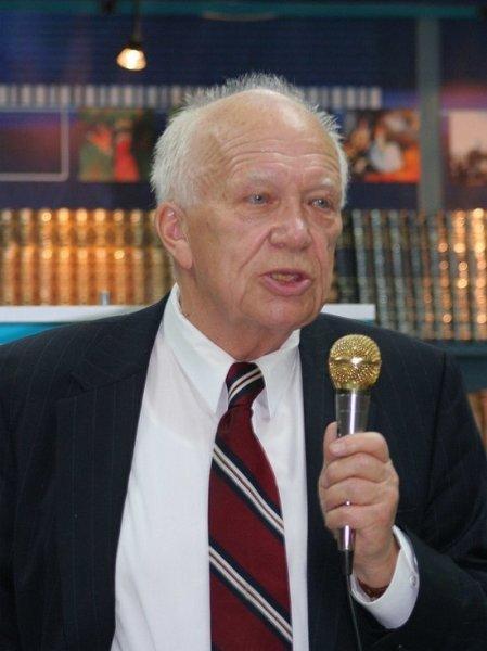 В США на 85-м году жизни скончался сын Никиты Хрущева