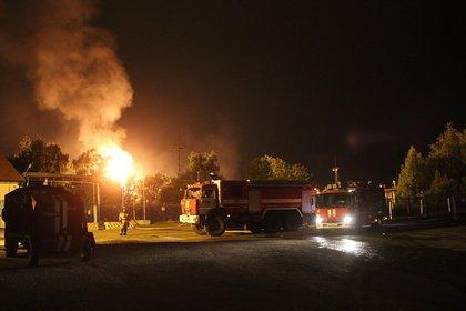 На месте пожара в хранилище газа вспыхнул факел