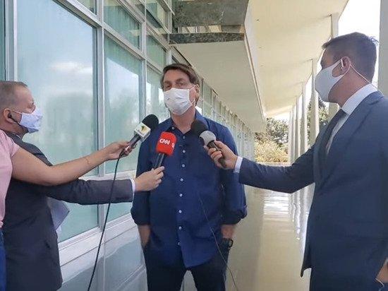 Журналисты заявили о намерении подать в суд на президента Бразилии