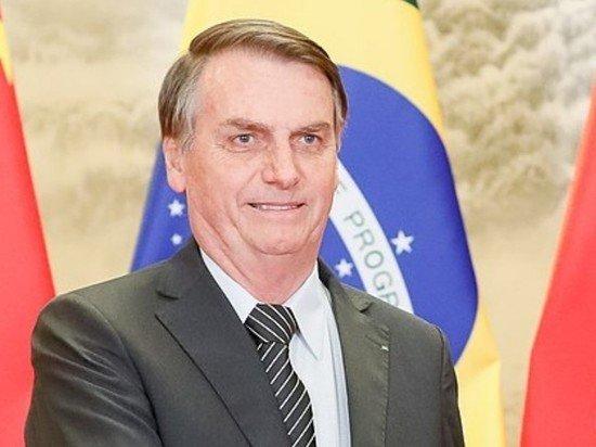 Президент Бразилии Болсонару получил второй положительный тест на COVID-19