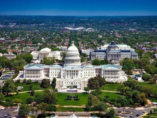 СМИ сообщили о попытках Белого дома заблокировать помощь штатам
