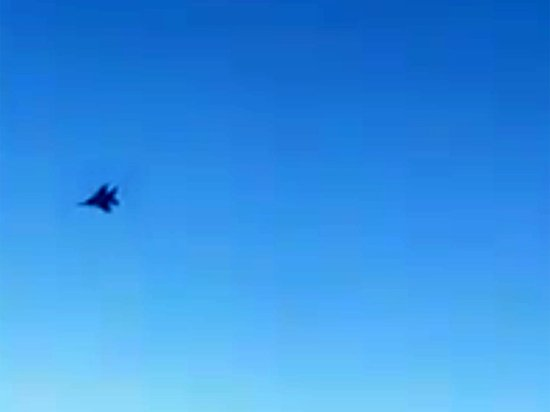 Пилот прокоментировал маневр иранского экипажа в Сирии: опасная ситуация
