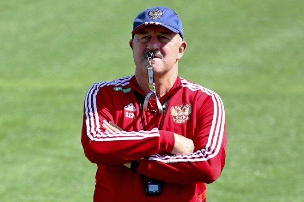 Черчесов рассказал, почему в сборную вызвано мало новичков