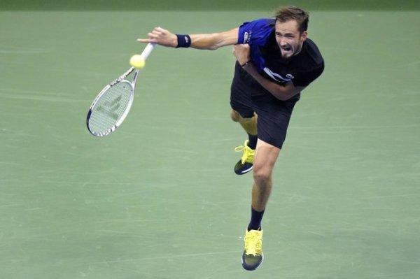 За выход в полуфинал US Open поспорят Даниил Медведев и Андрей Рублев