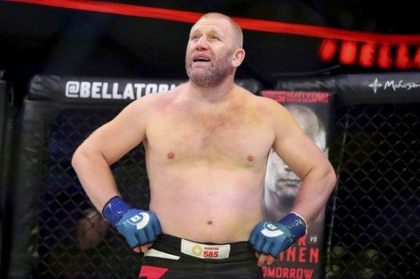 Харитонов оказался тяжелее Уильямса на 14 килограмм