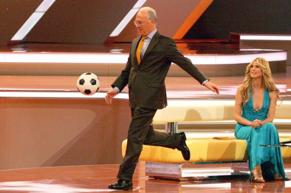 Франц Беккенбауэр: Футбол победит любые эпидемии